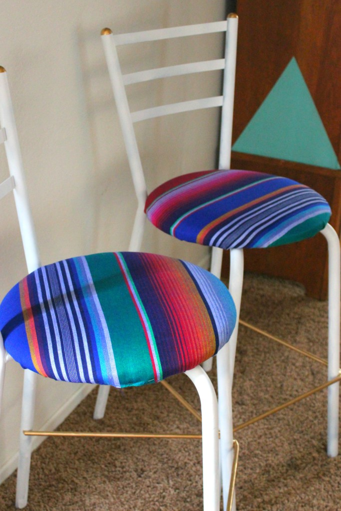 Bar stool Upcycle DIY    Learn how to convert an old chair or stool in to a beautiful, modern piece of furniture